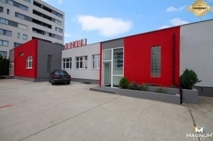 Reality Predaj budovy s halami a rampu, parkoviskom a zázemím, Pod. Biskupice
