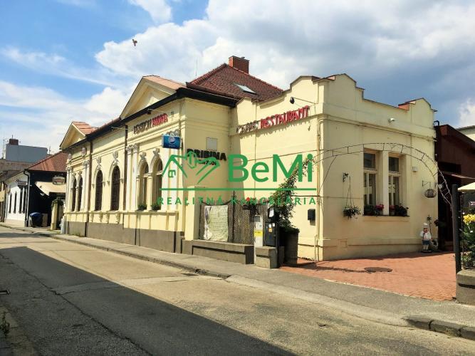 Reality Lukratívna investičná príležitosť  v centre mesta Nitra.