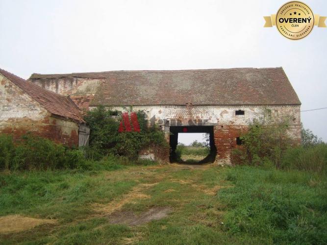 Reality Poľnohospodárska budova - sklad sena v areáli PD Jablonec