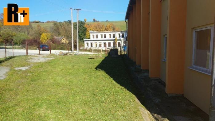 Reality Reality holding+ ponúka Chminianska Nová Ves . administratívna budova na predaj