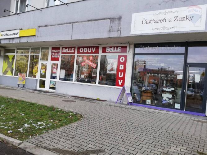 1fbab54a9 Reality Na predaj obchodné/administratívne priestory v Petržalke mesto  Bratislava