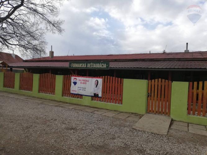 Reality Na predaj priestranná reštaurácia v obci Hviezdoslavov