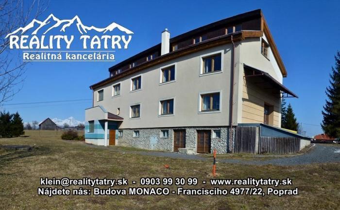 Reality Podnikateľský objekt - viacúčelová prevádzková budova 275 m2 s pozemkom 3692 m2 pri Poprade -