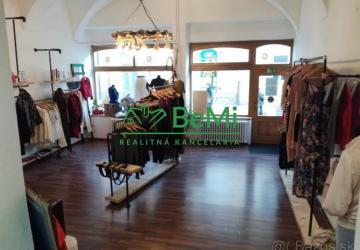 Reality BeMi reality vám ponúka prevádzku textilu na odstúpenie  s veľkým výkladom v centre Prešova