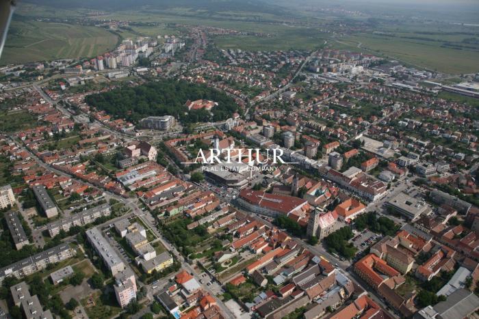 Reality ARTHUR - predaj, polyfunkčná budova, pozemok 1200 m2, /úžitková plocha 660 m2