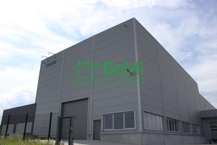 Reality Ponúkame na predaj výrobno-skladovací areál v obci Klasov, 14 od mesta Nitra (106-18-TN)