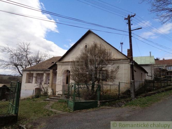 Reality Gazdovský dom s veľkým pozemkom pri Lučenci