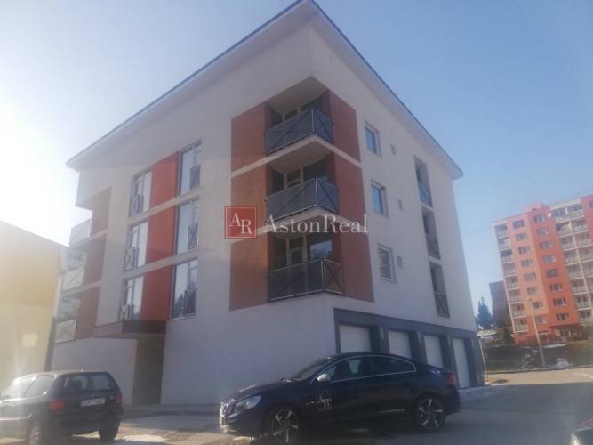 Reality Predaj: obchodný priestor 87 m2 - Levoča