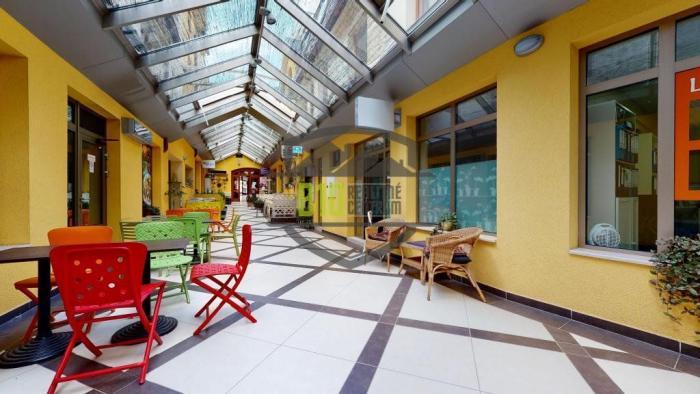 Reality OBCHODNÁ a HEYDUKOVÁ - Nebytové priestory od 15 m2 do 60 m2 s vlastným DVOROM a PARKINGOM - Brat