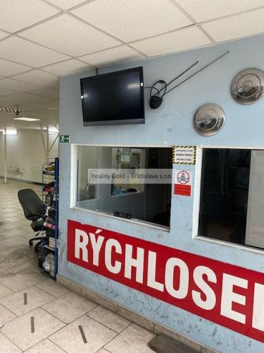 Reality RK Reality Gold - Bratislava s.r.o. ponúkame na predaj  objekt - sklad nachádzajúci sa v Bratisla