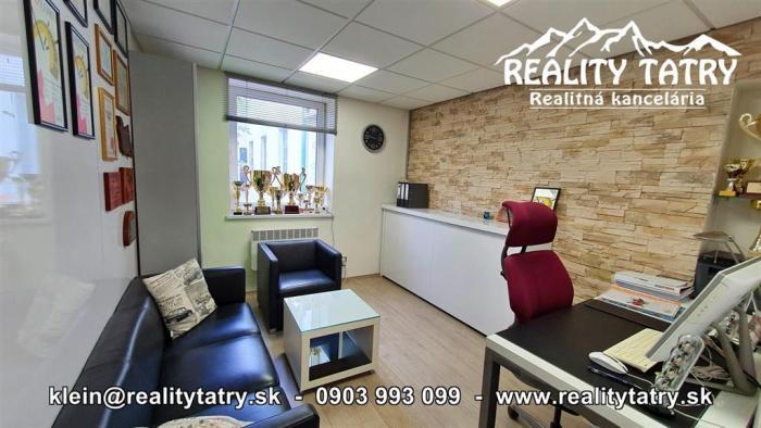 Reality Kancelársky priestor 20 m2 pri centre v Poprade vo výbornom stave - ODPORÚČAME !!!