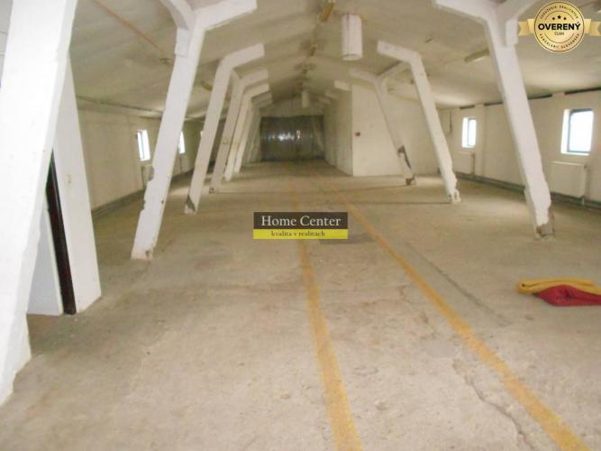 Reality Na predaj : 700m2 vykurovaná hala , kanelárie , Šurany