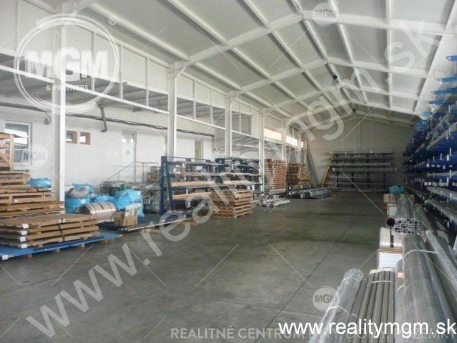 Reality Hala + admi. budova , Žilina - Priemyselná zóna, 1000 m2 + 270 m2 , Cena: 3,90 Eur/m2/mesiac