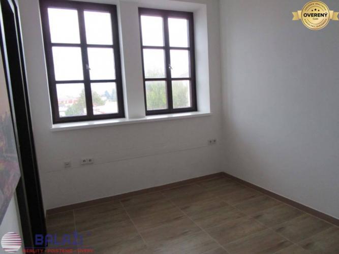 Reality Martin komerčný priestor 11 m2 centrum