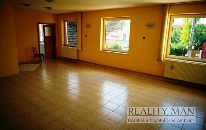 Reality REALITY MAN – Kancelárie na prenájom 84,25 m2, vlastné parkovanie - Bratislavská, Piešťany