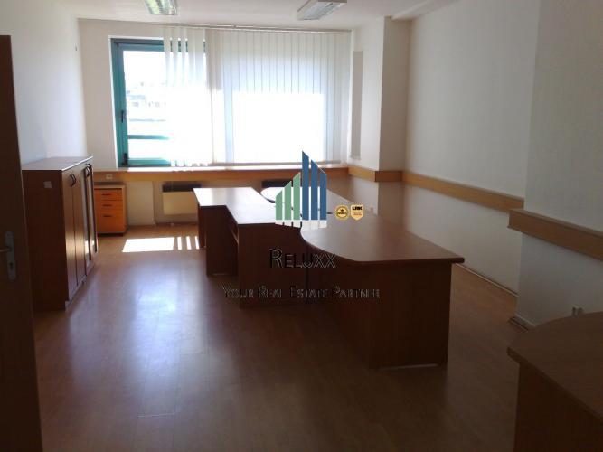 Reality BA I nám. SNP centrum prenájom kancelárskych priestorov od 20m2 do 200 m2.