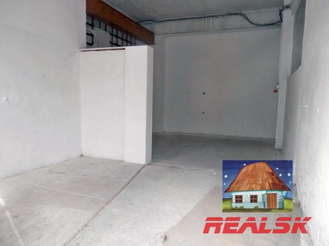 Reality Skladové priestory v centre Nitry na prenájom
