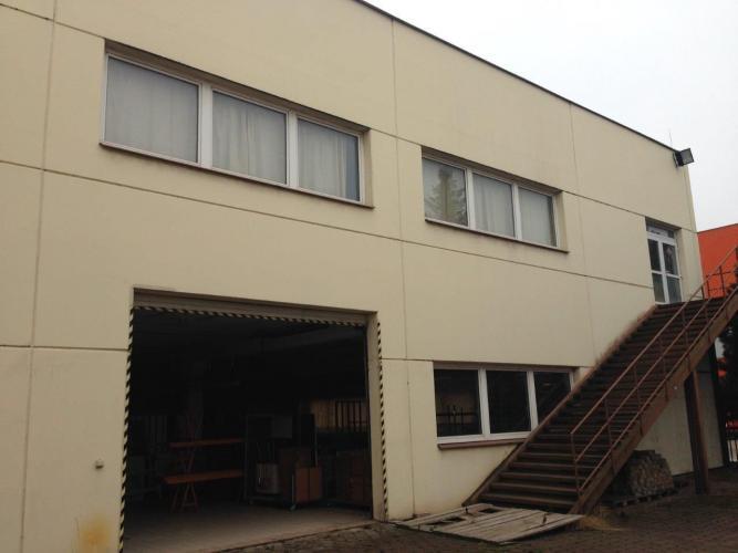 Reality Ponúkame na predaj halu v priemyselnej zóne - Košice - JUH