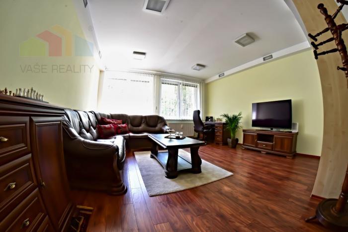 Reality Na predaj krásny, reprezentatívny kancelársky priestor, Krížna ulica, 91 m², kúpou voľný