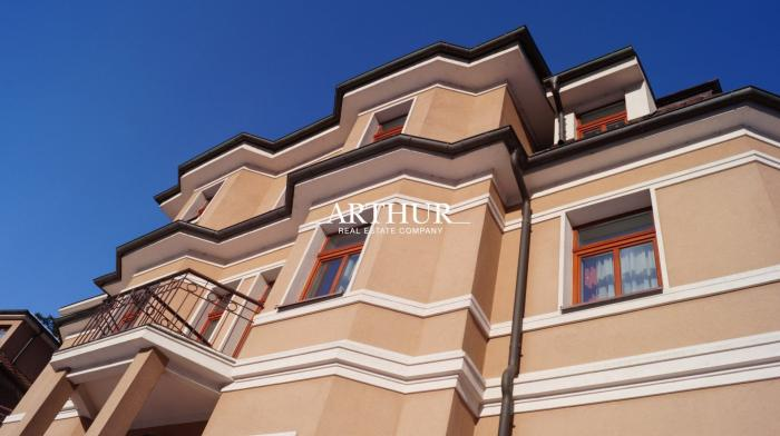 Reality ARTHUR - Beautiful hotel in the center of the spa town, usable area 1524m2, land 1248m