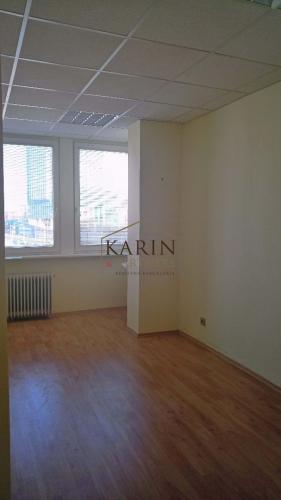 Reality Prenájom kancelária 13,2 m2 s umývadlom, Pluhová ul. BA III. Nové Mesto.