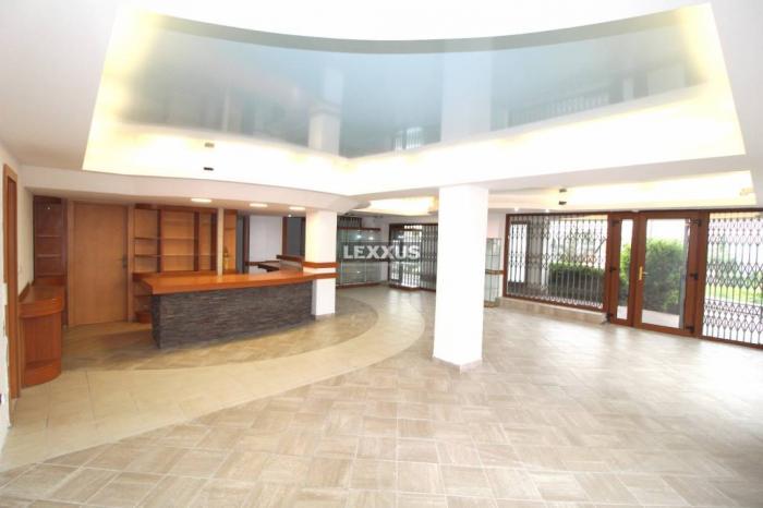 Reality PREDAJ - obchodné priestory 159,56 m2, Drotárska, Staré mesto - BA I.