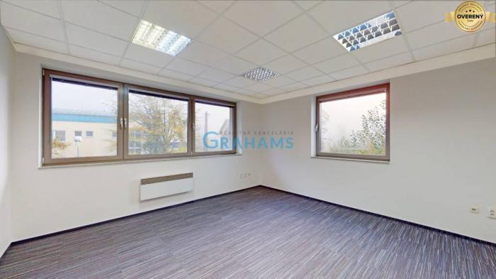 Reality 3D prehliadka, prenájom, samostatná kancelária 19 m2, Lamač