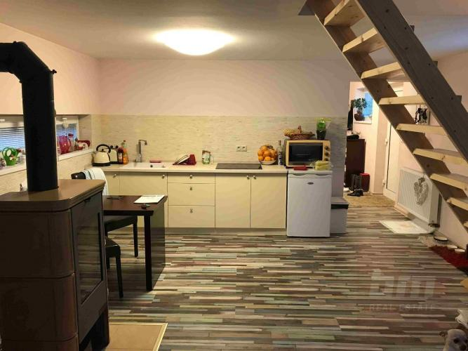 Reality Predaj - krásny domček v Lozorne, virtuálna prehliadka