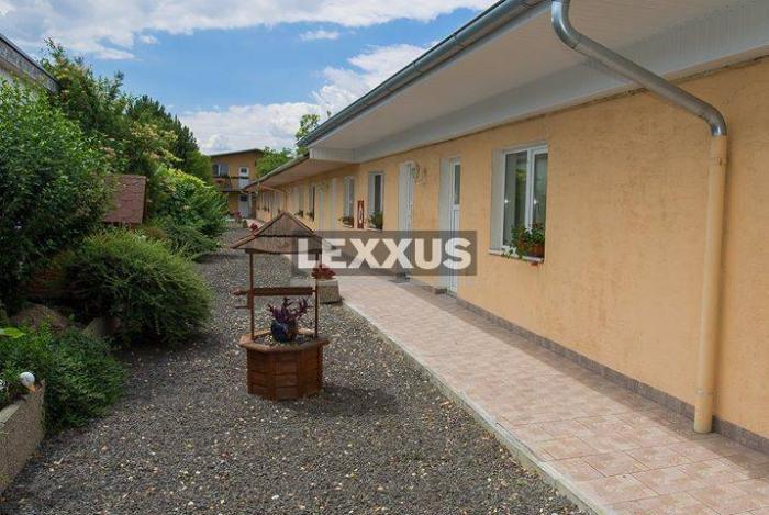 Reality LEXXUS-PREDAJ objekt s hotelom,apart.domom,rodinným domom a parkovaním