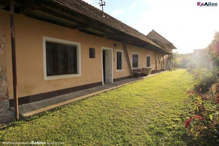 Reality 2 izb. chalupa so záhradou v podhorskej obci Krásna Ves
