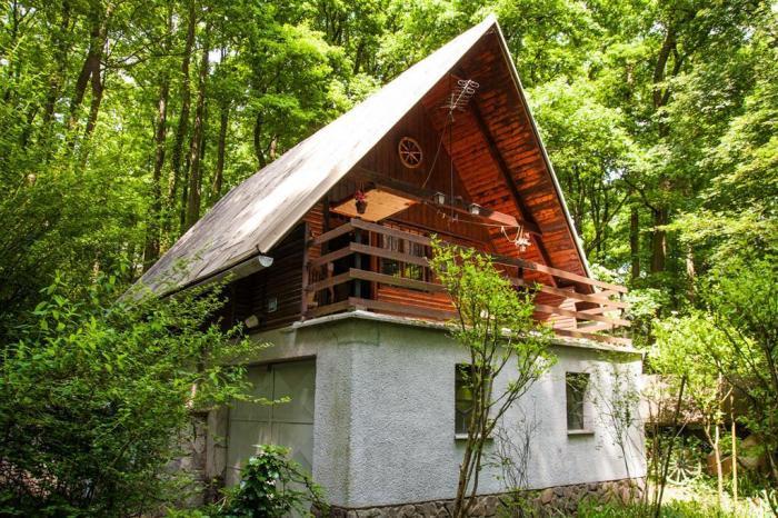 Reality chata, 3-izbová, UP 67 m2; Pezinok - Kučišdorfská dolina; 0918 640 557