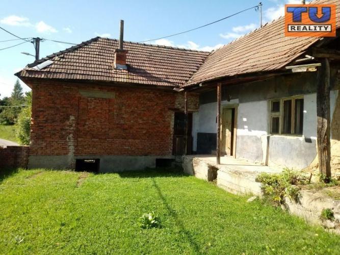 Reality Na predaj dve staré chalupy za obcou Rudník v okrese Myjava, 2600m2. CENA: 25 000,00 EUR