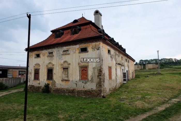 Reality LEXXUS-PREDAJ, kaštieľ Vlková s pozemkom 2,5 ha, Tatry
