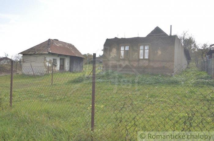 Reality Starý dom na rekonštrukciu pri potoku Seľany