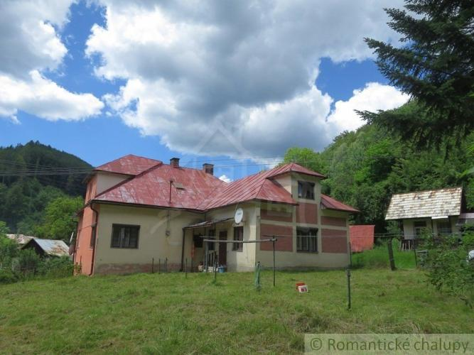 Reality Exkluzívne: Dom v malej osade neďaleko obce Utekáč
