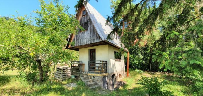 Reality Exkluzívne PNORF – rekreačná chata, 35 m2, 500 m2, Mlynárska hora – Hlohovec
