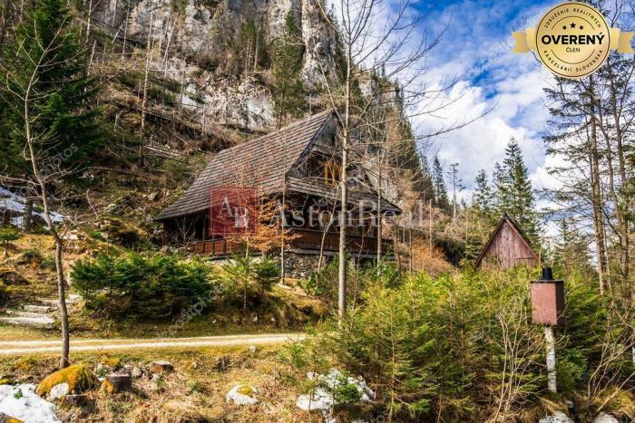 Reality KÚPA: Rekreačná chata v okolí Terchovej - ideálna Vrátna dolina, SK