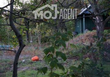 Reality Na predaj záhrada v tichom prostredí záhradkárskej kolónii na brehu Malého Dunaja v Prievoze -