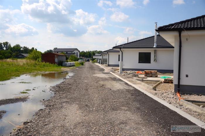Reality Predám stavebné pozemky v Hamuliakove - Horná Vrbina.