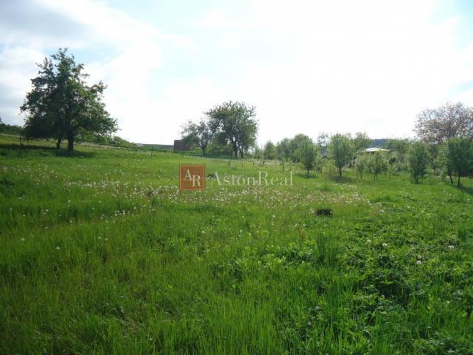 Reality PREDAJ: Stavebný pozemok o rozlohe 980m2 v Považskej Bystrici-Podmanín