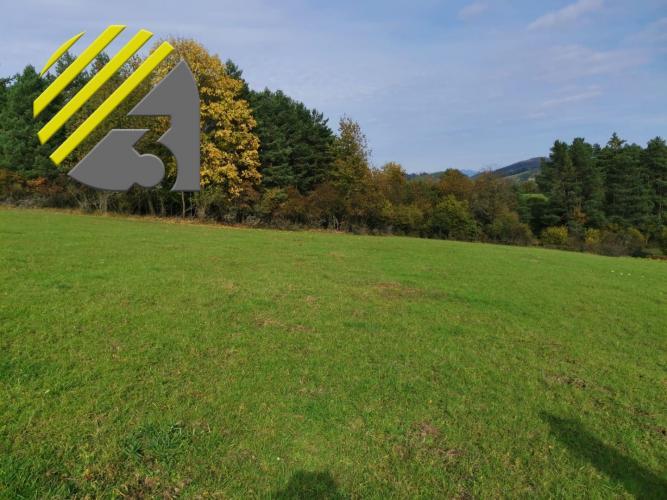 Reality Predaj výhľadového pozemku v Pekline  2974 m2, cena: 29740 Eur