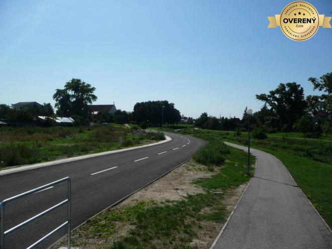 Reality V okresoch BA, PK, SC, hľadáme pozemky 2.000m2-10.000m2 na výstavbu.