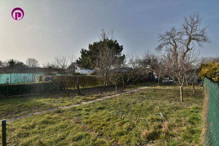 Reality záhrada, 245 m2 – BA – Rusovce: IS na pozemku, možnosť výstavby záhradnej chatky