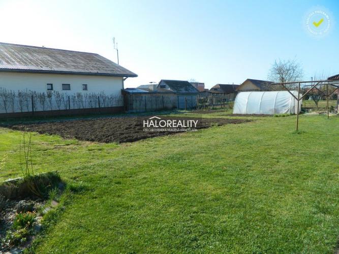 Reality Predaj, pozemok pre rodinný dom 627 m2 Jur nad Hronom