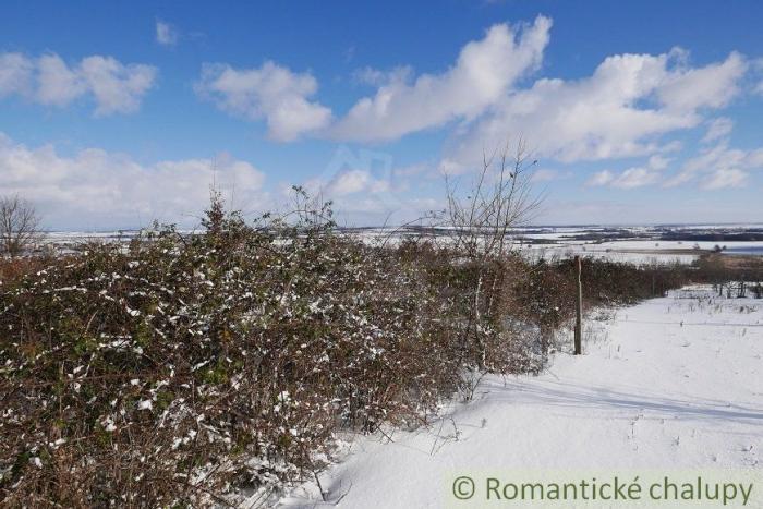 Reality Prírodný 39 árový pozemok v blízkosti rodinných domov obci Častá 30 km od Bratislavy