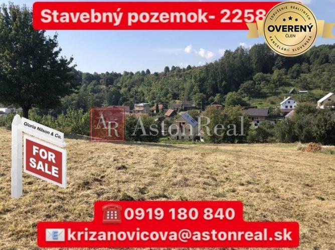 Reality NA PREDAJ: Stavebný pozemok v obci Pruské- 2258 m2