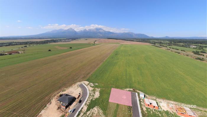 Reality Stavebný pozemok pod Tatrami - Veľká Lomnica