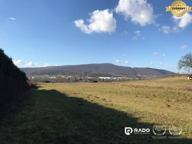 Reality IBA U NÁS! Pozemok 2087m2 v lukratívnej oblasti, Nové Mesto nad Váhom