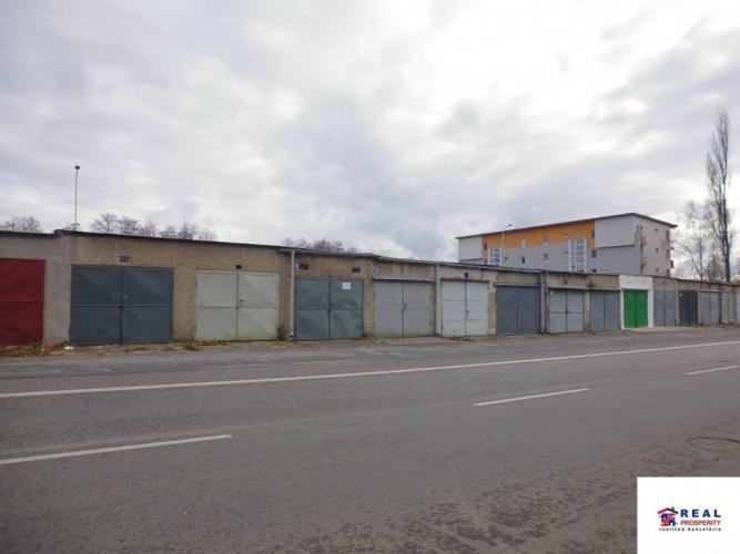 Reality PREDAJ: GARÁŽ + pozemok 19 m2  - Sídlisko III. - BAJKALSKÁ