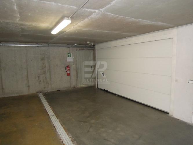 Reality ŠVABINSKÉHO ul. - uzamykateľná 2-garáž v garážovom dome - Petržalka